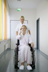 Krankenschwester und Patient