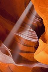 USA, Arizona, Upper Antelope Canyon, Sonnenstrahlen