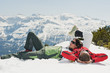 Österreich, Salzburg Land, Altenmarkt-Zauchensee, Paar mittleren Alters, im Schnee