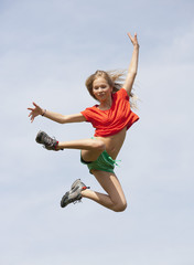 Österreich, Teenage Mädchen springt