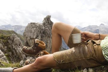 Österreich, Salzburger Land, junger Mann, Entspannung