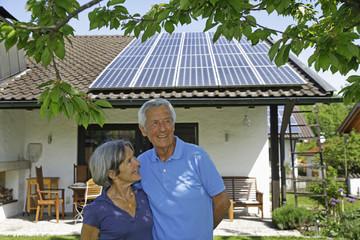 Deutschland, Bayern, älteres Paar, Senioren