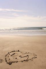 Deutschland, Ostsee, Herz in den Sand am Strand gezeichnet