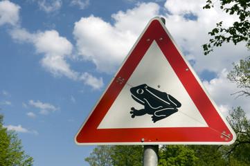 Warnzeichen vor Froschwanderung