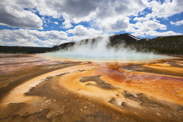 USA, Wyoming, Yellowstone National Park, Hot spring