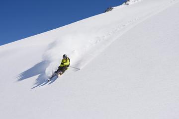 Österreich, Salzburger Land, Kaprun, Freeride, Ski-Abfahrt Mann