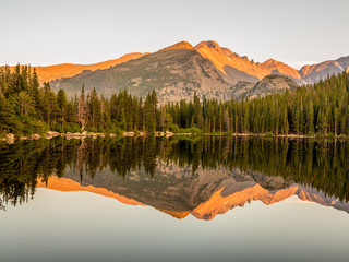 Sunset lake reflection of mountains at Bear Lake