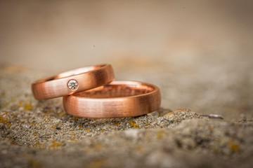 liegende Ringe