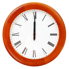 midnight on the round wall clock