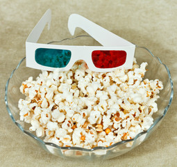 3D stereo glasses in bowl with popcorn