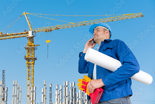 Foreman with blueprints