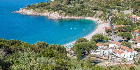 die beliebte Badebucht von Cavoli auf der Insel Elba
