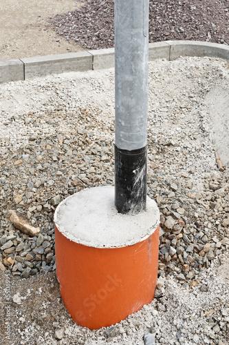fundament aus beton f r eine neue strassenlaterne 1 von fefufoto lizenzfreies foto 55069953. Black Bedroom Furniture Sets. Home Design Ideas