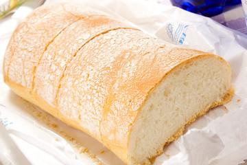 pane sul tavolo