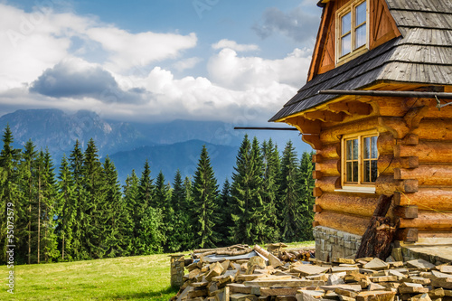 Fototapety, obrazy : Rural cottage in the mountains
