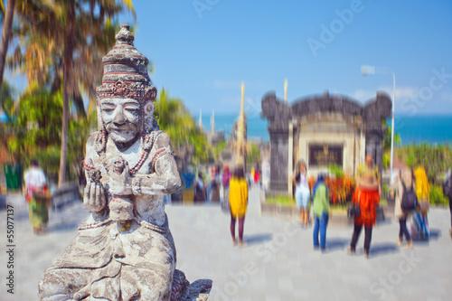 Foto op Plexiglas Indonesië Ancient statue of Bali mythology