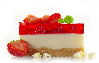 Strawberry cheesecake with fresh berries and white chocolate