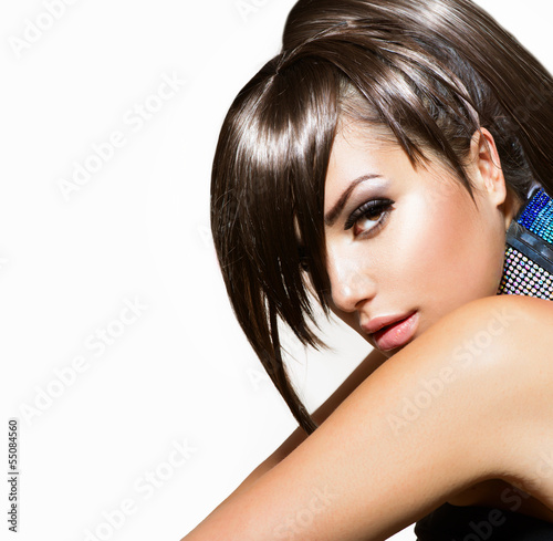Fashion Beauty Girl. Gorgeous Woman Portrait
