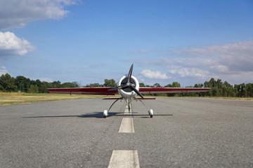 Avion blanc modèle réduit