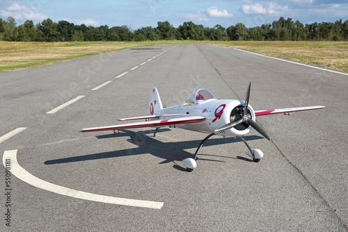 canvas print picture Avion blanc modèle réduit