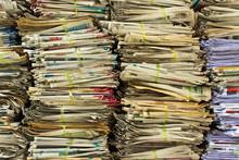 Pile de vieux papier pour le recyclage