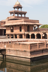 Fatehpur_Anup talao, platform used for singing competitions