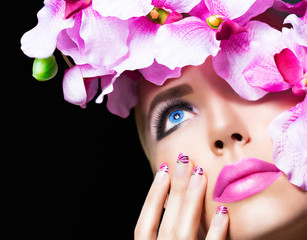Blonde girl with flowers and perfect makeup