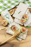 Fig bruschetta with Gorgonzola and Honey
