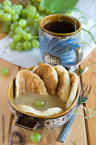 Pancake with Grapes