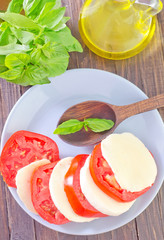 mozzarella with tomato