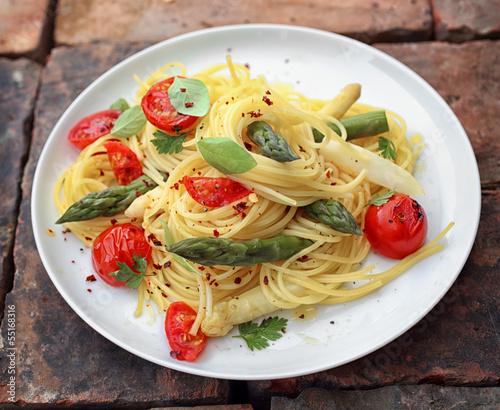 Asparagus spaghetti pasta