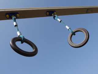 Гимнастические кольца -2