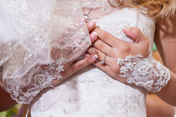 Buttoning Wedding Dress