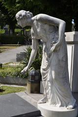 Bückende Grabfigur