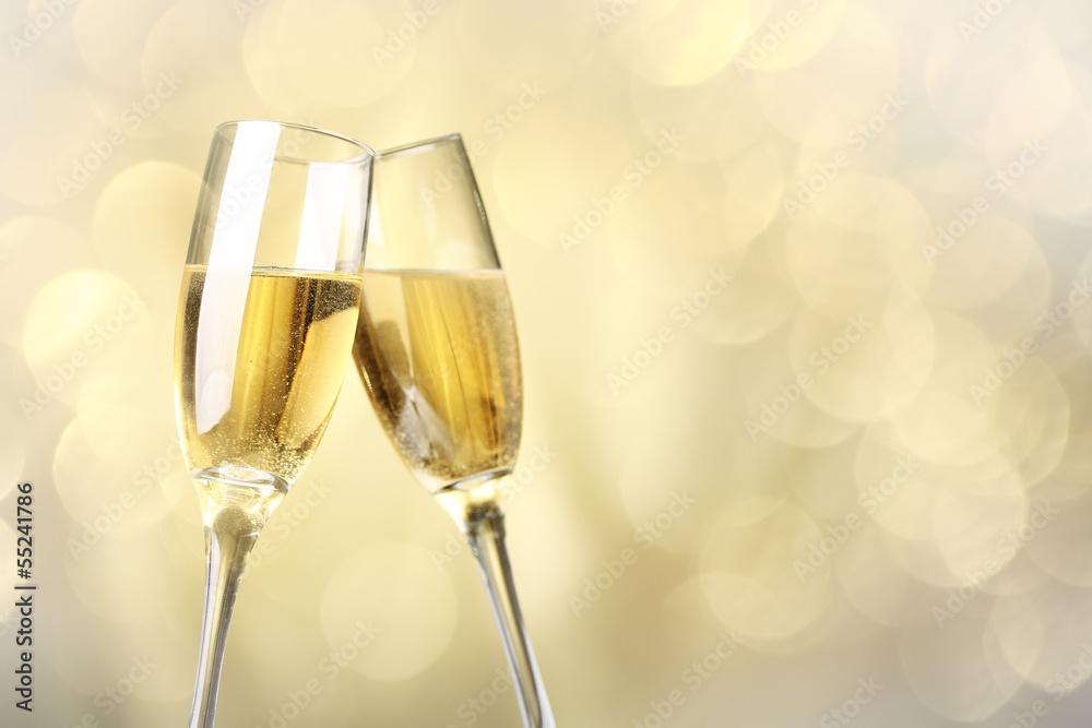 cr dence de cuisine en verre imprim celebration with champagne nikkel. Black Bedroom Furniture Sets. Home Design Ideas