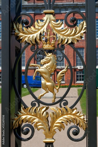 horse  from door of Kensington Palace