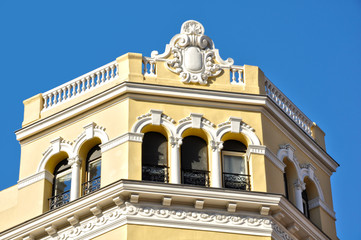 Calle Goya, Madrid, edificios con estilo, torreón
