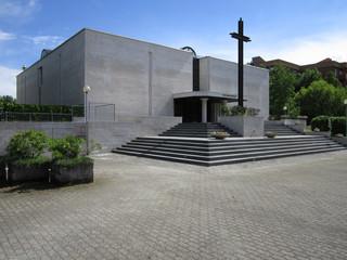 Milano, chiesa in via Bagarotti