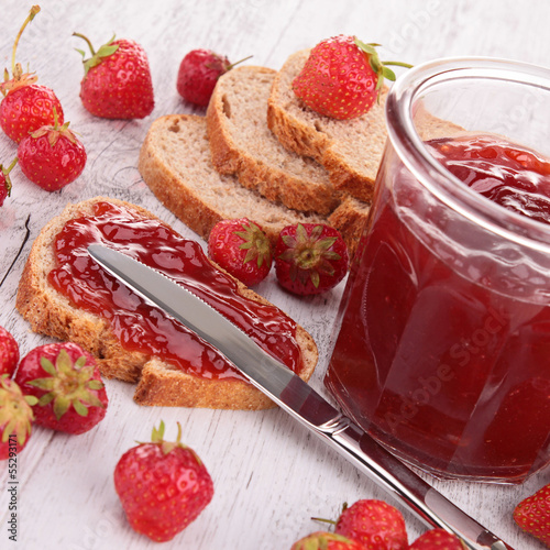 strawberry jam and bread