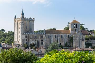 Château et église de Morthemer