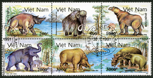 VIETNAM - 1991: shows Prehistoric animals