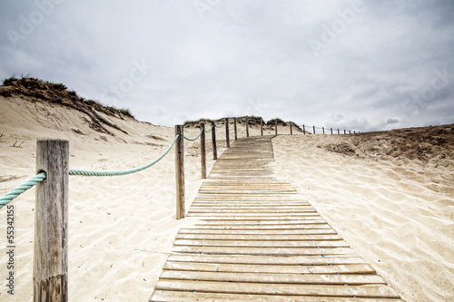 walkway to the beach, Portugal © policas
