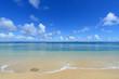 久高島の浜辺に打ち寄せる穏やかな波