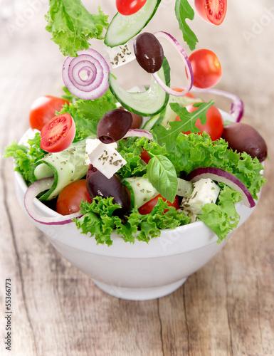 Fototapeten,salate,schüssel,brotmesser,italienisch