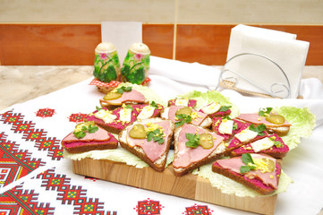 sandwiches in Ukrainian