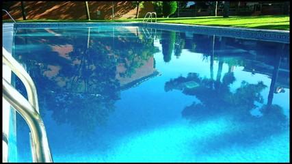 piscina en el jardin