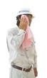 汗を拭く男性作業員