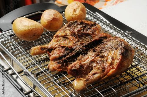 Pollo alla griglia con patate