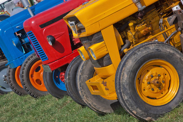 Vintage Tractor Line-up
