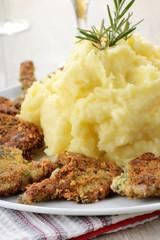 costolette d'agnello con purea di patate